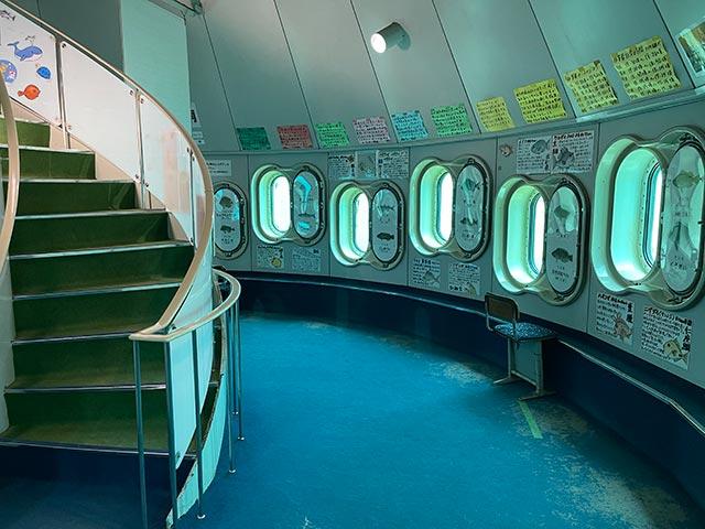 玄海海中展望の内部