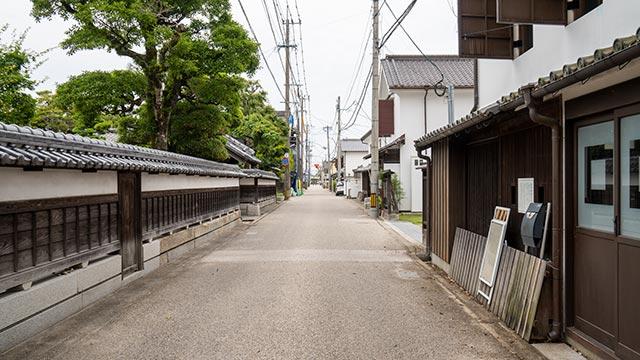 長崎街道の東側