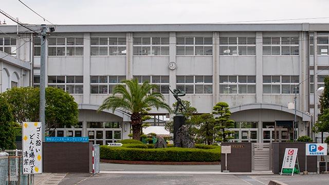 佐賀県立佐賀東高等学校