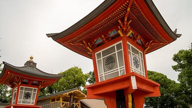 松原神社の灯籠