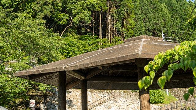 鍋島藩窯公園・大川内山の東屋