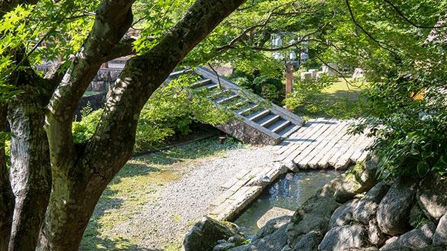 鍋島藩窯公園・大川内山の陶工橋