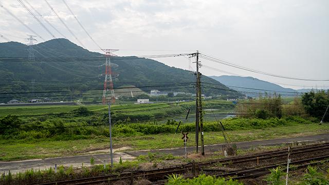 心月寺バス停から見た山