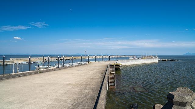 新有明漁港の桟橋